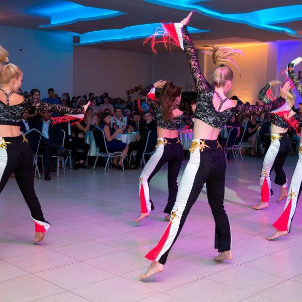 Tanzgruppe bei Abi Feier